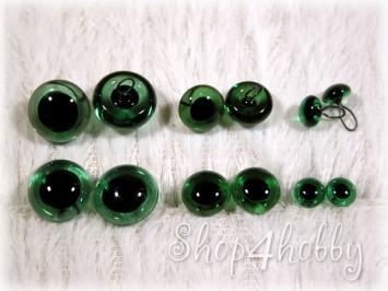 glaza-zelenyie-so-zrachkom-6-15-mm